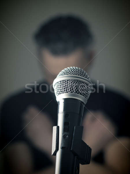 Studio microfoon shot muzikant selectieve aandacht Stockfoto © andreasberheide
