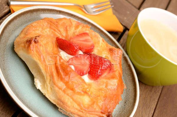 Gebak vers aardbeien voedsel brood kers Stockfoto © andreasberheide