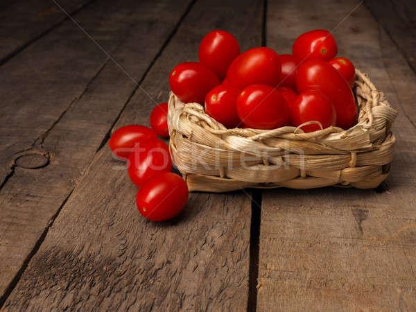 Organisch druif tomaten houten tafel vers rustiek Stockfoto © andreasberheide