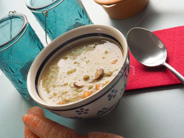 Geleneksel organik çorba bezelye rustik seramik Stok fotoğraf © andreasberheide