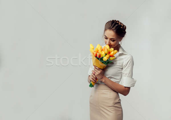 Сток-фото: красивой · элегантный · молодые · женщину · Постоянный · студию