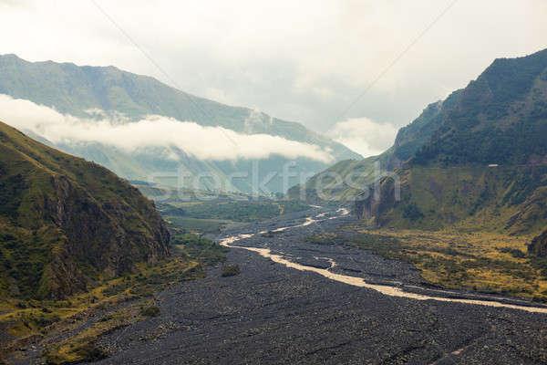 Montana río negro piedra costa forestales Foto stock © andreonegin