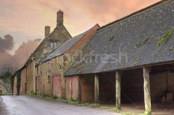Old farm, Warwickshire Stock photo © andrewroland