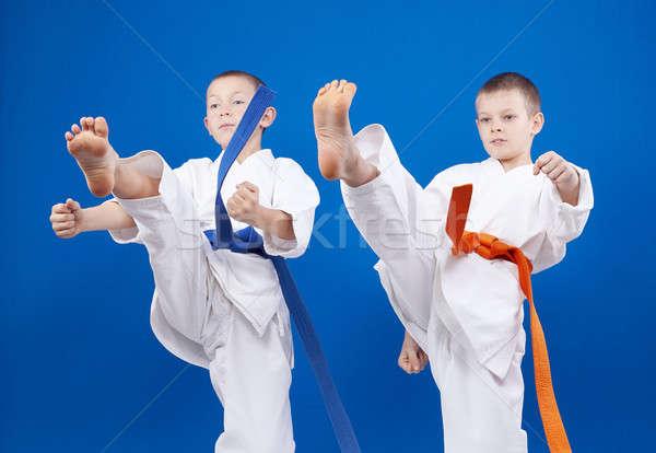 Láb egészség biztonság siker öröm fiúk Stock fotó © Andreyfire
