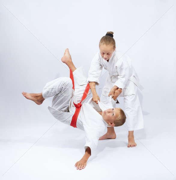 Enfants sécurité garçon succès karaté arts martiaux Photo stock © Andreyfire