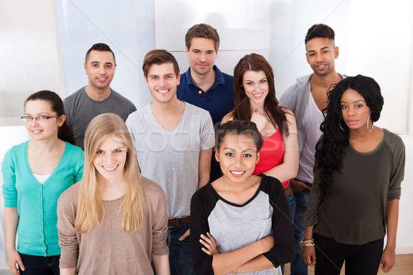 Stok fotoğraf: Portre · kolej · Öğrenciler · ayakta · sınıf · grup