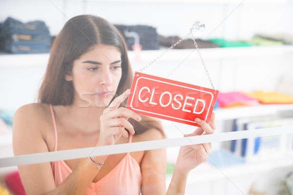 Stok fotoğraf: üzgün · sahip · kapalı · imzalamak · giyim