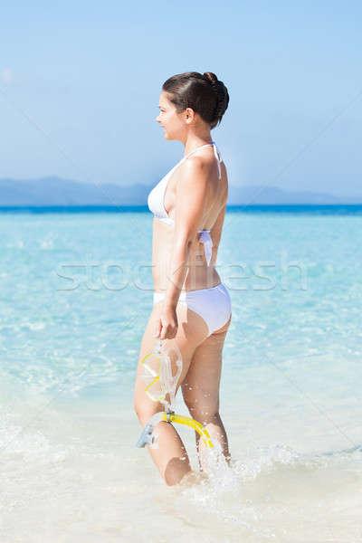 Kadın şnorkel ayakta deniz görmek Stok fotoğraf © AndreyPopov