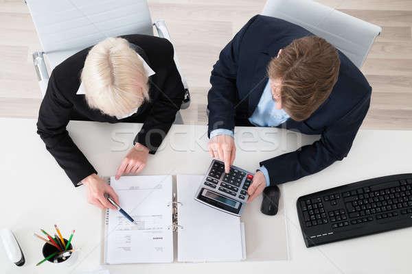 Due fiscali giovani ufficio imprenditore Foto d'archivio © AndreyPopov