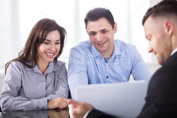 Paar discussie adviseur kantoor tonen Stockfoto © AndreyPopov