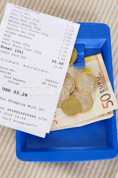 Shopping ricevimento euro note primo piano tavolo in legno Foto d'archivio © AndreyPopov