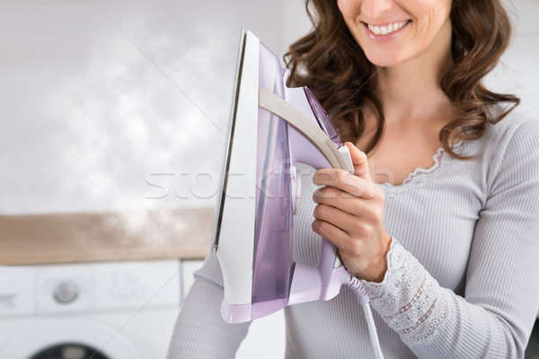Foto stock: Mulher · vapor · ferro · mulher · sorrindo