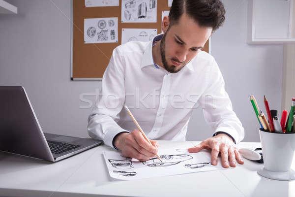 Kunstenaar witte papier jonge mannelijke bureau Stockfoto © AndreyPopov