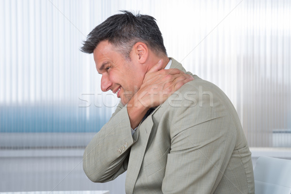 Photo stock: Affaires · souffrance · douleur · à · l'épaule · bureau · vue · de · côté · main