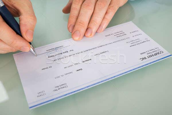 Personnes main signature chèque photo Photo stock © AndreyPopov
