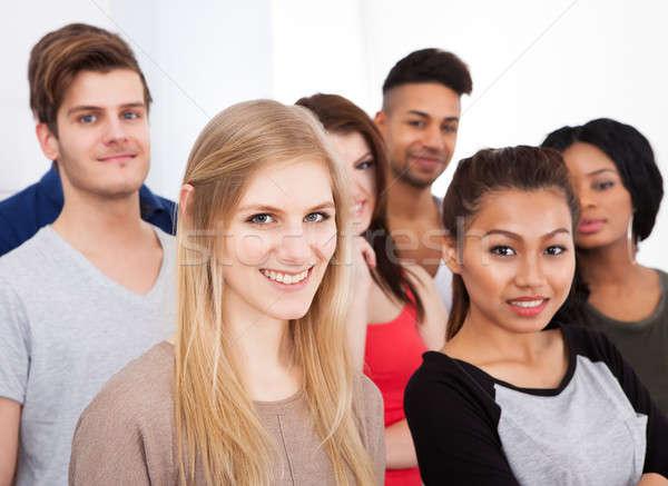 Stock fotó: Portré · főiskola · diákok · áll · osztályterem · csoport