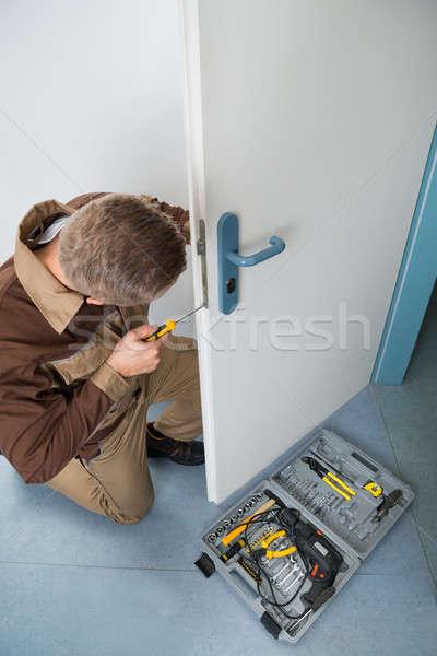 Charpentier lock tournevis vue Photo stock © AndreyPopov