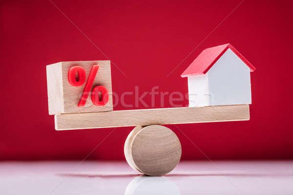 Equilibrio porcentaje símbolo casa Foto stock © AndreyPopov