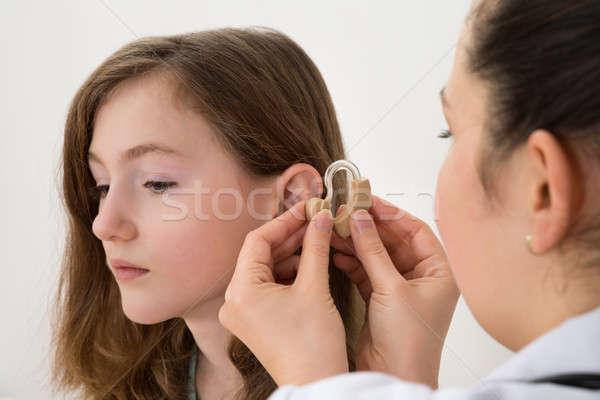 医師 補聴器 耳 少女 クローズアップ 女性 ストックフォト © AndreyPopov