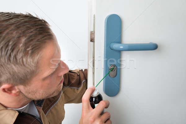 мужчины плотник двери молодые нефть Сток-фото © AndreyPopov