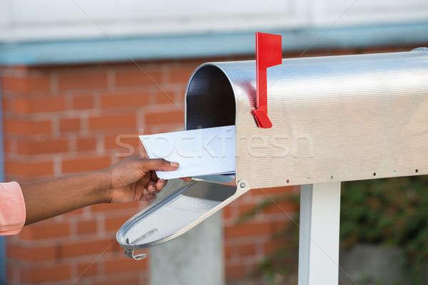 Persoon brieven mailbox hand Stockfoto © AndreyPopov