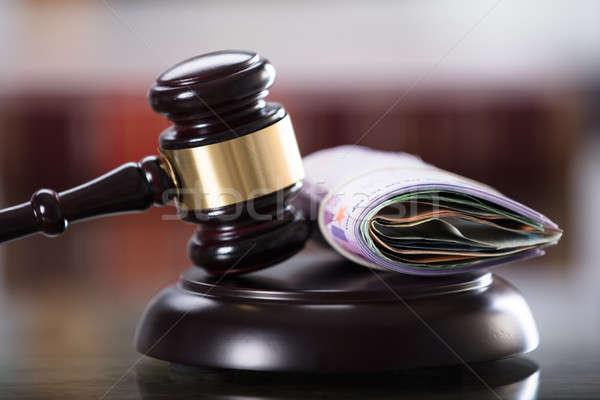 Gabela tabela justiça Foto stock © AndreyPopov