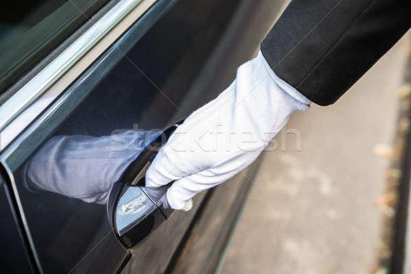 Masculino motorista abertura porta carro Foto stock © AndreyPopov