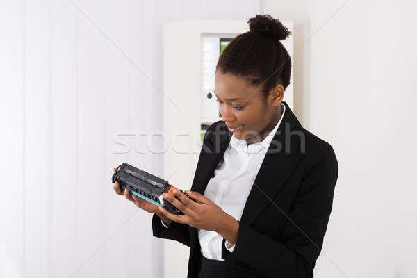 деловая женщина картридж молодые африканских глядя Сток-фото © AndreyPopov