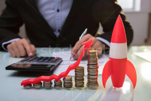 Rood raket munten pijl Stockfoto © AndreyPopov