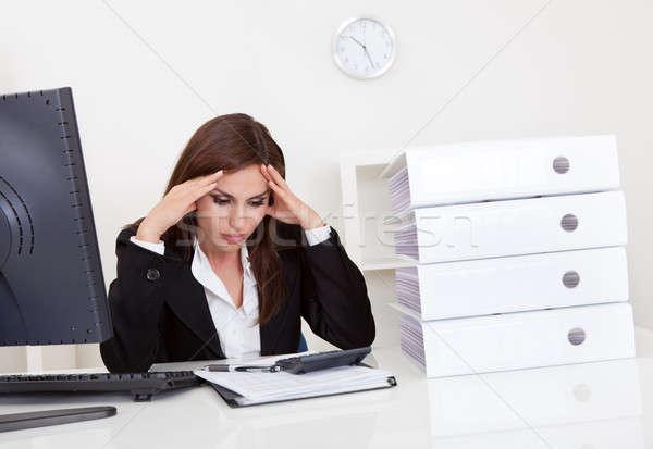 Işkadını ofis hayal kırıklığına uğramış klasörler Stok fotoğraf © AndreyPopov