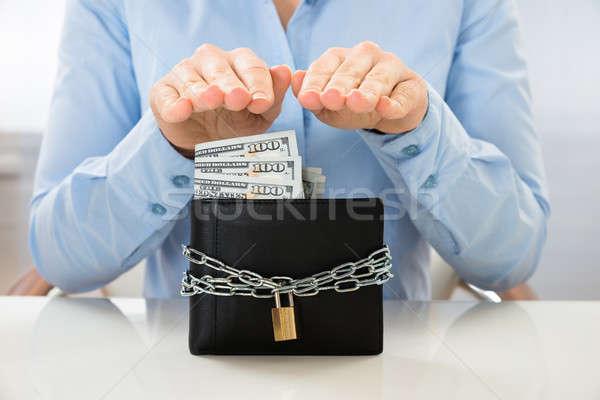 Işkadını cüzdan kilitlemek Stok fotoğraf © AndreyPopov