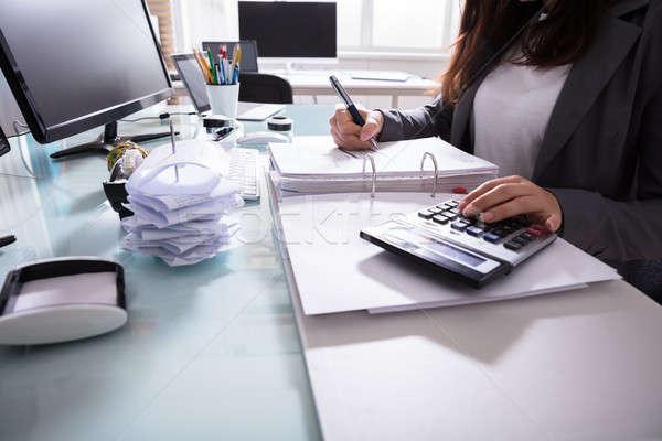 女性実業家 クローズアップ 手 電卓 ビジネス ストックフォト © AndreyPopov
