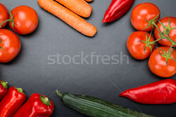 Friss zöldségek iskolatábla közvetlenül fölött lövés egészség Stock fotó © AndreyPopov