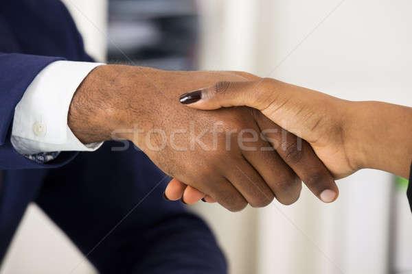 二人 握手 クローズアップ 2 アフリカ 人 ストックフォト © AndreyPopov