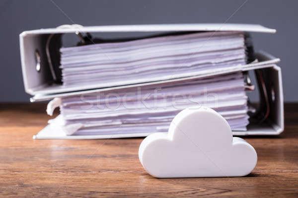 ストックフォト: 技術 · クローズアップ · 雲 · フォルダ · 木製のテーブル