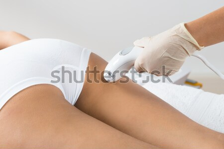 Cellulitis vacuüm dij salon vrouw bed Stockfoto © AndreyPopov