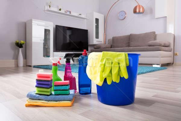 Casa produtos de limpeza piso de madeira azul balde Foto stock © AndreyPopov