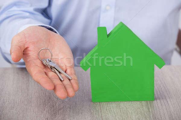 бизнесмен ключевые теплица модель бизнеса дома Сток-фото © AndreyPopov