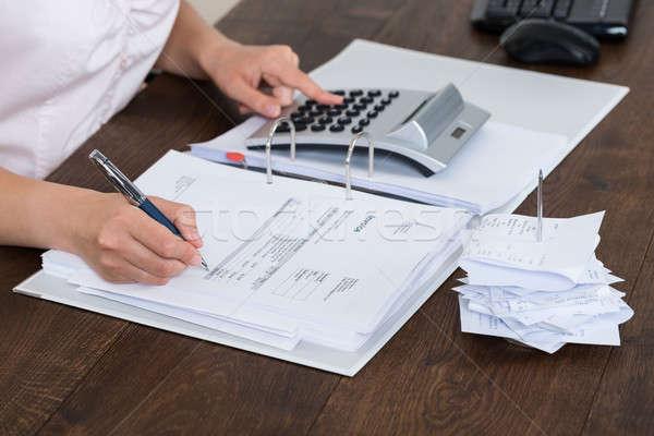 Boekhouder ontvangst kantoor business papier Stockfoto © AndreyPopov