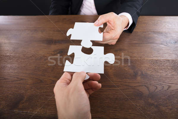Stockfoto: Twee · puzzelstukjes