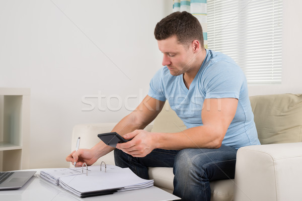 человека бюджет домой взрослый таблице дома Сток-фото © AndreyPopov