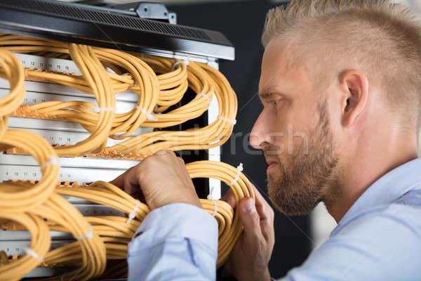 техник серверы проводов центр обработки данных молодые Сток-фото © AndreyPopov