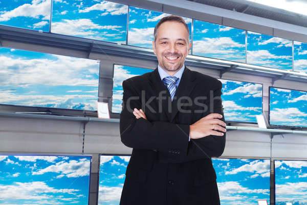 Gülen ayakta televizyon depolamak gülümseme adam Stok fotoğraf © AndreyPopov