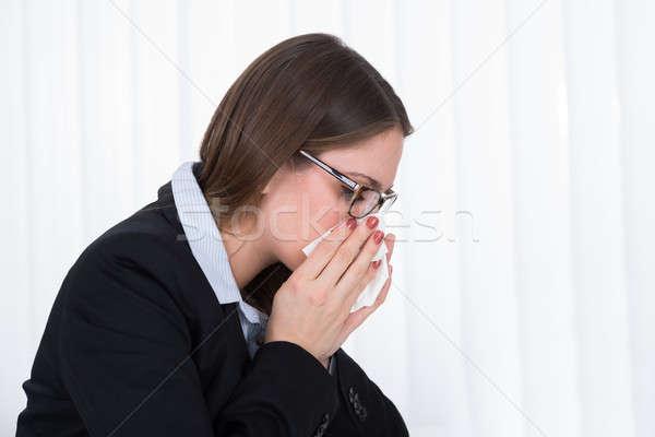 Empresária assoar o nariz lenço retrato jovem beleza Foto stock © AndreyPopov