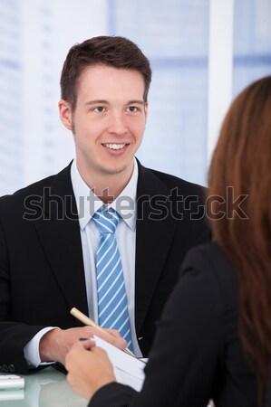 Foto stock: Retrato · dois · feliz · trabalhando · escritório · mulher