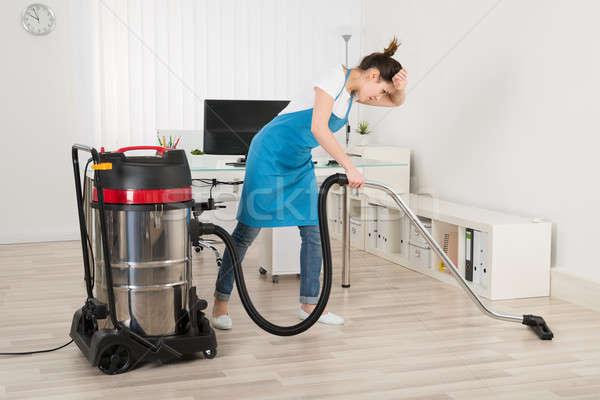 疲れ 女性 洗浄 階 真空掃除機 ストックフォト © AndreyPopov