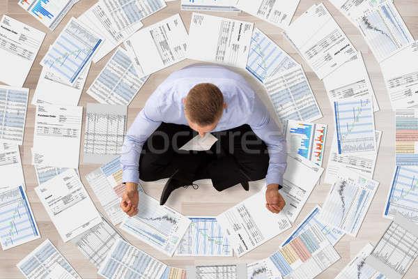 бизнесмен медитации документы мнение различный бизнеса Сток-фото © AndreyPopov