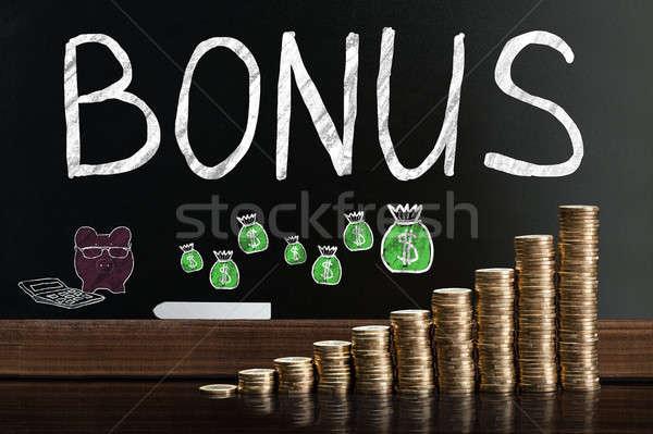 Bonus işçi siyah nakit tahta tahta Stok fotoğraf © AndreyPopov