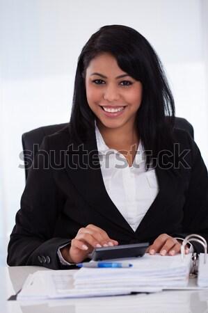 Empresária retrato jovem negócio escritório menina Foto stock © AndreyPopov