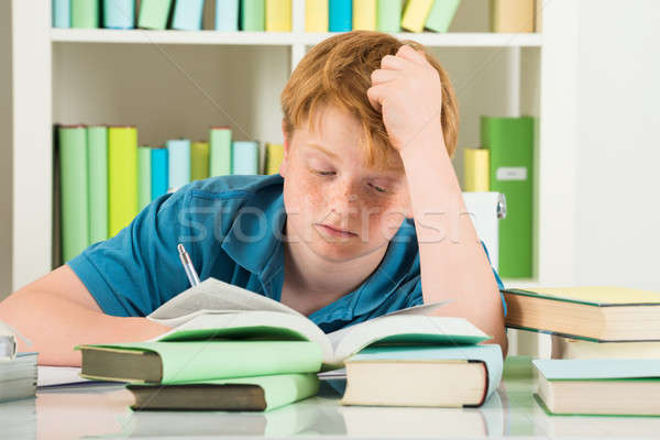 Bitkin erkek eğitim kütüphane kitaplar büro Stok fotoğraf © AndreyPopov